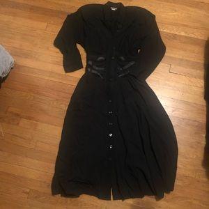 Dresses & Skirts - Vintage witchy black dress